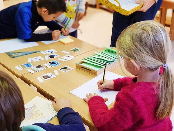 classe montessori les colibris Biot