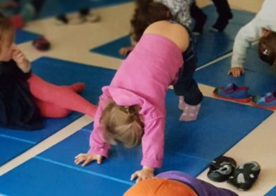 Yoga mercredi montessori