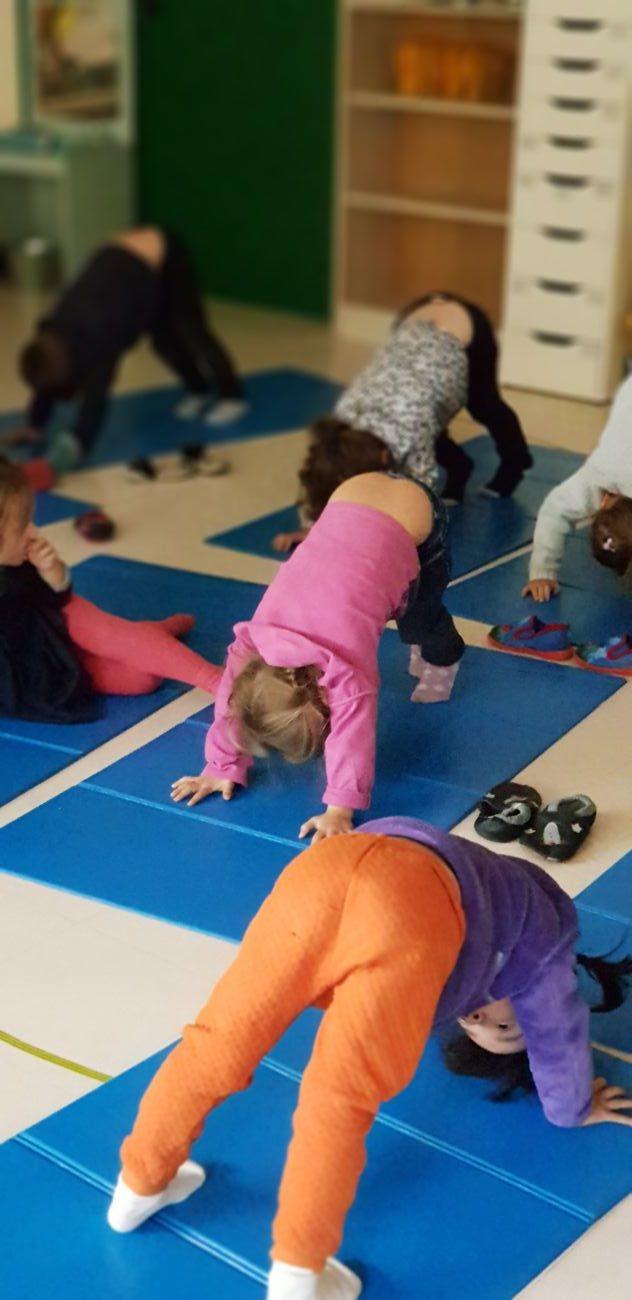 Yoga mercredi montessori