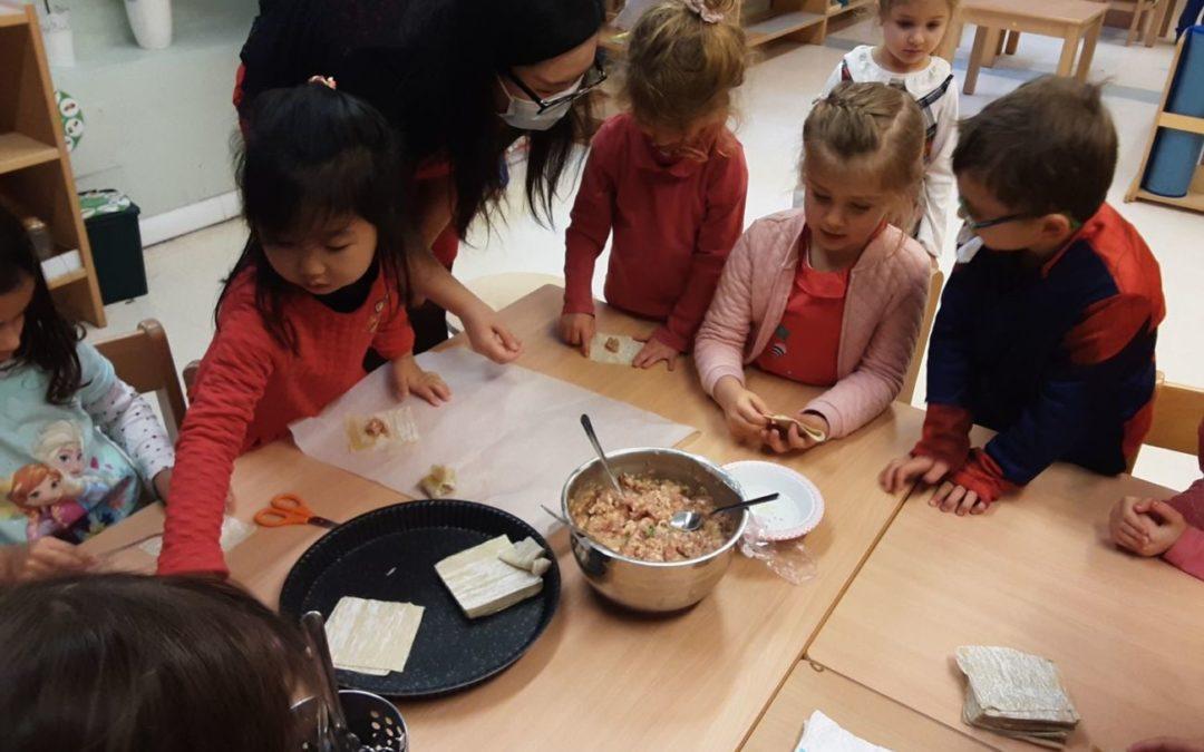 Célébration du nouvel an Chinois et confection de raviolis