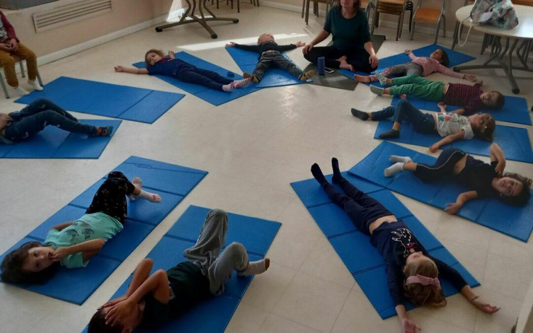 Le yoga fait son retour aux colibris